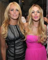 999062 Thumbnail of: 60922 Lindsay Lohan 2008-07-02 - Her 22nd Birthday Party 8198 122 990lo.jpg