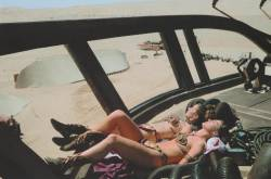 119570 Thumbnail of: Carrie Fisher and her double, Sandi Gross on the set of Return of the Jedi.jpg